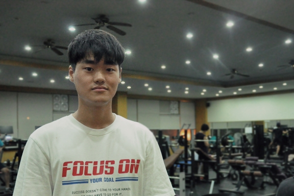 Lee Do-hyun, in the fitness room that was newly renovated.
